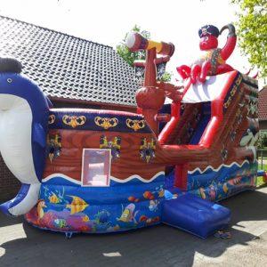 Piratenboot springkussen huren Twente
